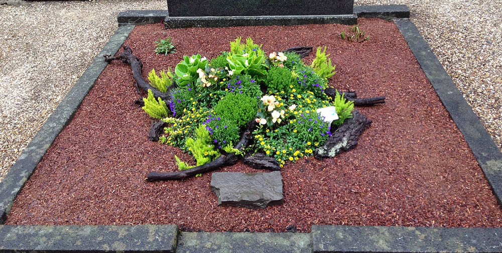 Floristk Neu, Rösrath | Grab Erstaufmachung